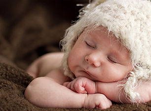 Newborn Baby Sleeping - Newborn photography in Dubai