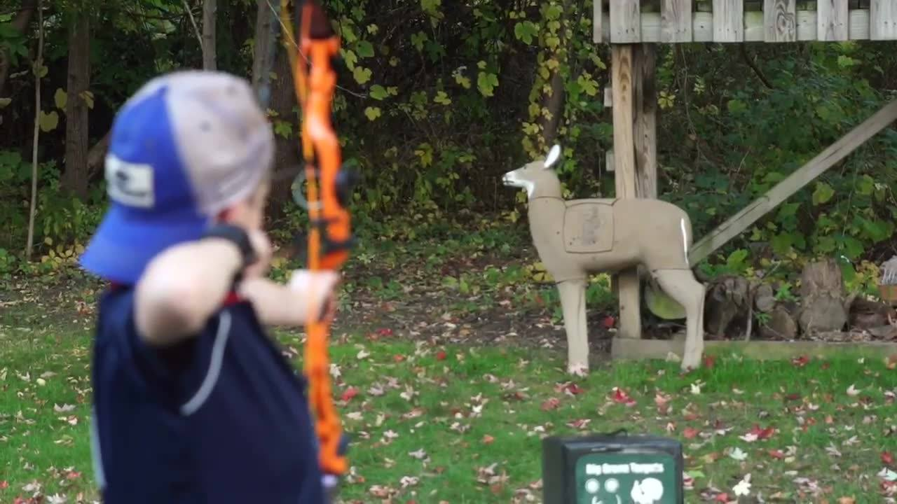 Get kids outdoors  #bowhunting #archery Diamond Archery