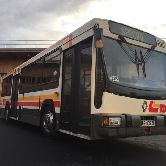 Le Renault PR100.2 n°235