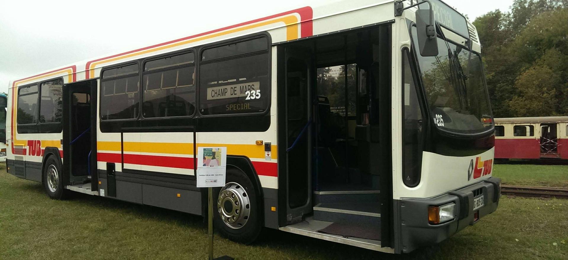 L'autobus 235 en exposition