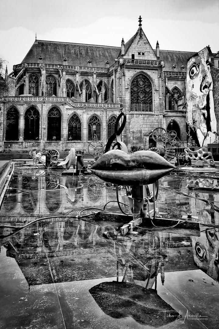 Silence, lieu Saint