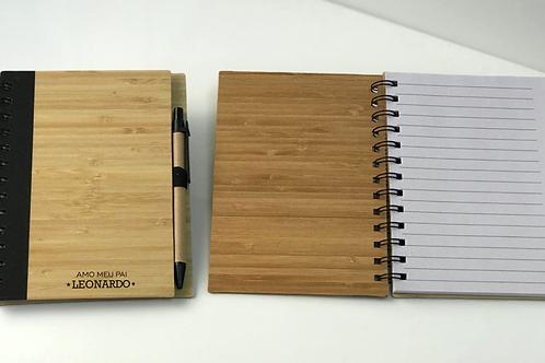Caderno com Folhas  Pautadas e Caneta