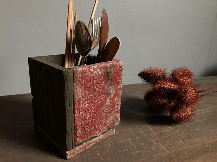 赤いカトラリーウッドボックス