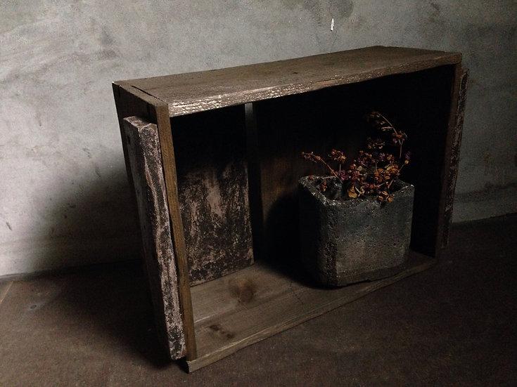 黒とダークブラウンのウッドボックス