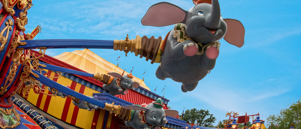 dumbo-the-flying-elephant-gallery03.webp