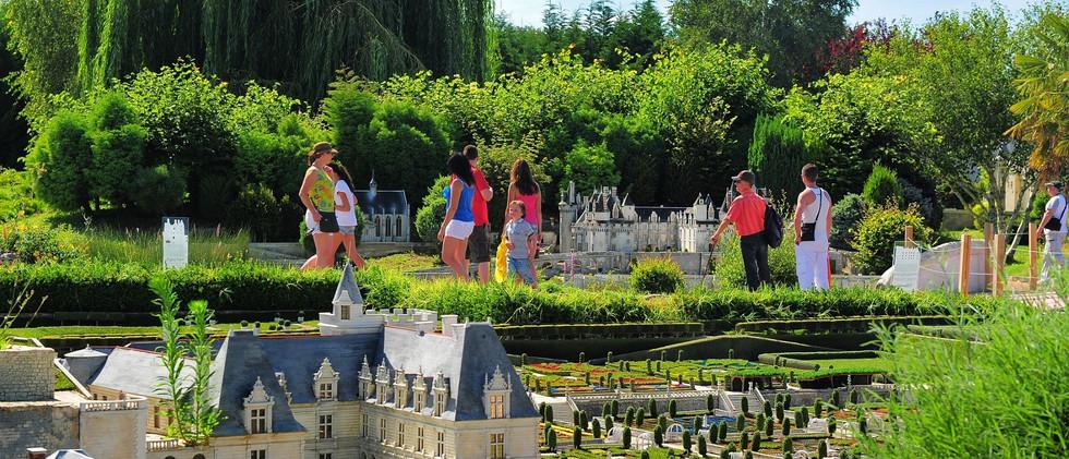 Parc-Mini-Chateaux--1--2.jpg