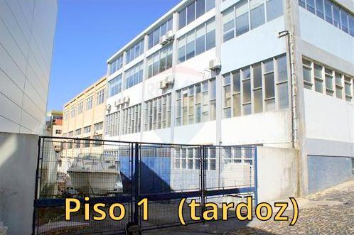 Acesso ao piso 1 (tardoz)