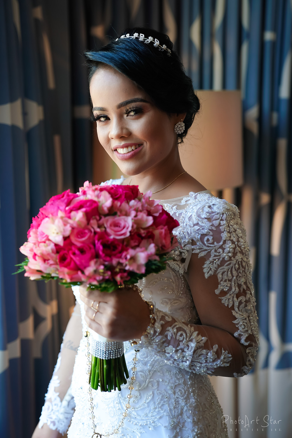 We got a chance to be part of amazing Brazilian wedding. Getting ready photos at Kimpton Monaco Hotel. If you planing your wedding, take a time to check this hotel. You will definitely fall in love with this place.