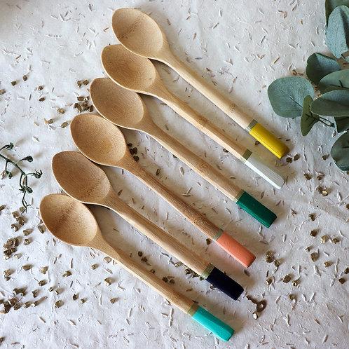 NAOUSSA - Cuillères en bois design et colorées
