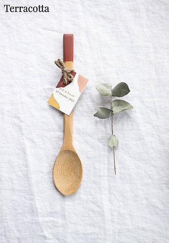 BAYA - Cuillère en bois colorée - Cadeau invité mariage