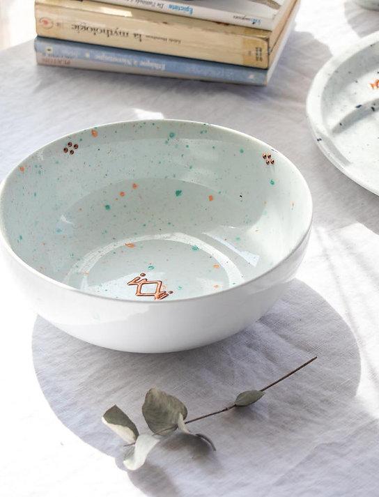 CASSIS - Saladier en porcelaine moucheté