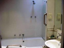 Bath/ shower