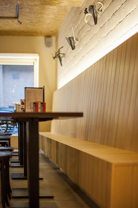 Bar Guidon zitbank