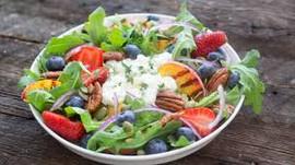Salade fleurie à base d'Aloe Vera et de Miel Forever Living