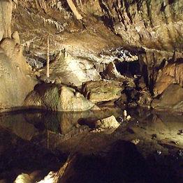GrottenHotton_edited.jpg