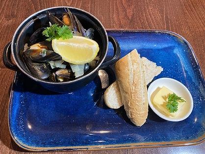 mussels-R.jpg
