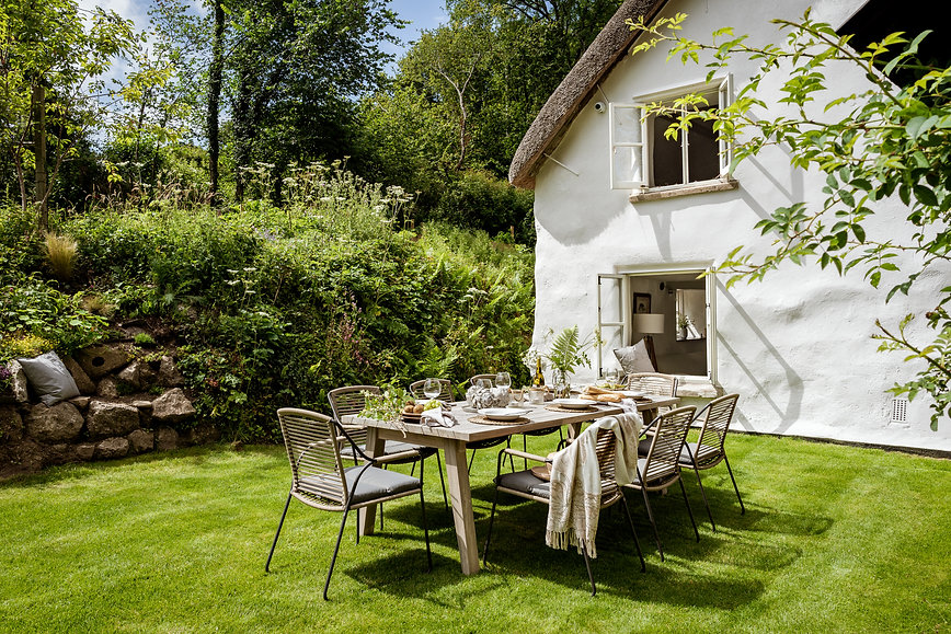 Holiday-cottage-for-sale