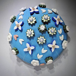 Off-Center Gridded Blue with Cookie Flowers Dome, 21x50x50cm