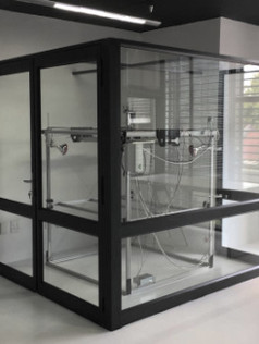 Cheetah Pro in glass cage
