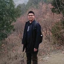 徐磊_edited.jpg