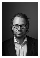 Portrait Dr Joern Radloff_high res.jpg