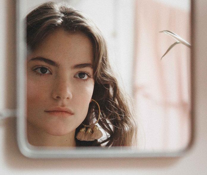 Claire Laffut pour Elise Tsikis.jpg.jpg