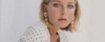 EARRINGS CALAS WHITE MOOD 3.jpg