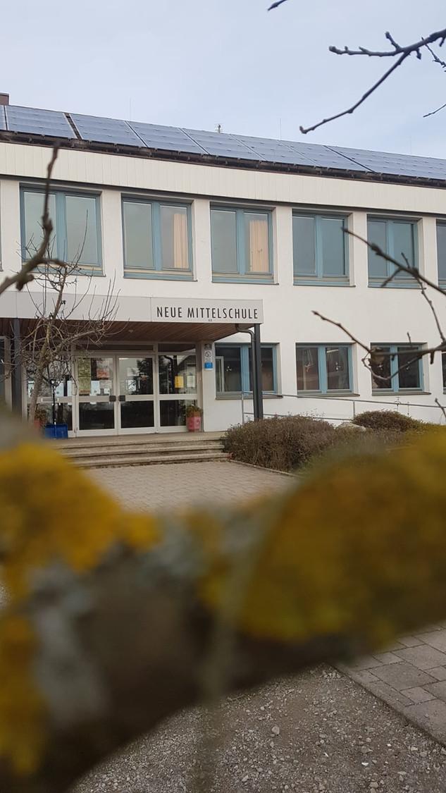 Eingangsbereich Mittelschule Strengberg