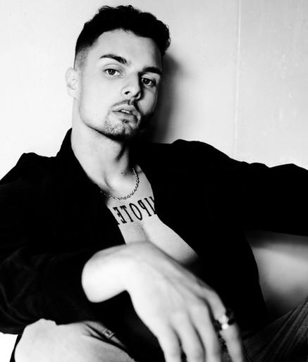 R2T, swiss DJ/producer
