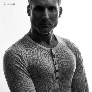 Men bodybuilder black and white artistic portrait