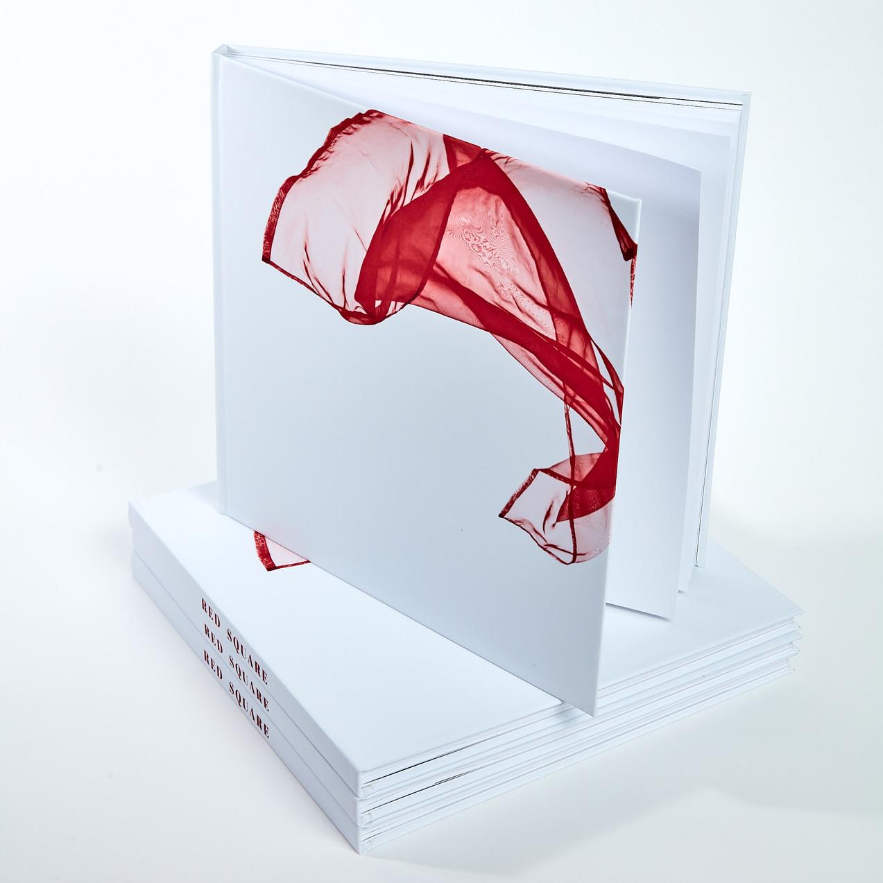 [Red Square] - Le Livre!
