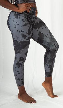 Monochrome 7/8 Legging