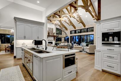Villagree Luxury Homes kitchen.jpg