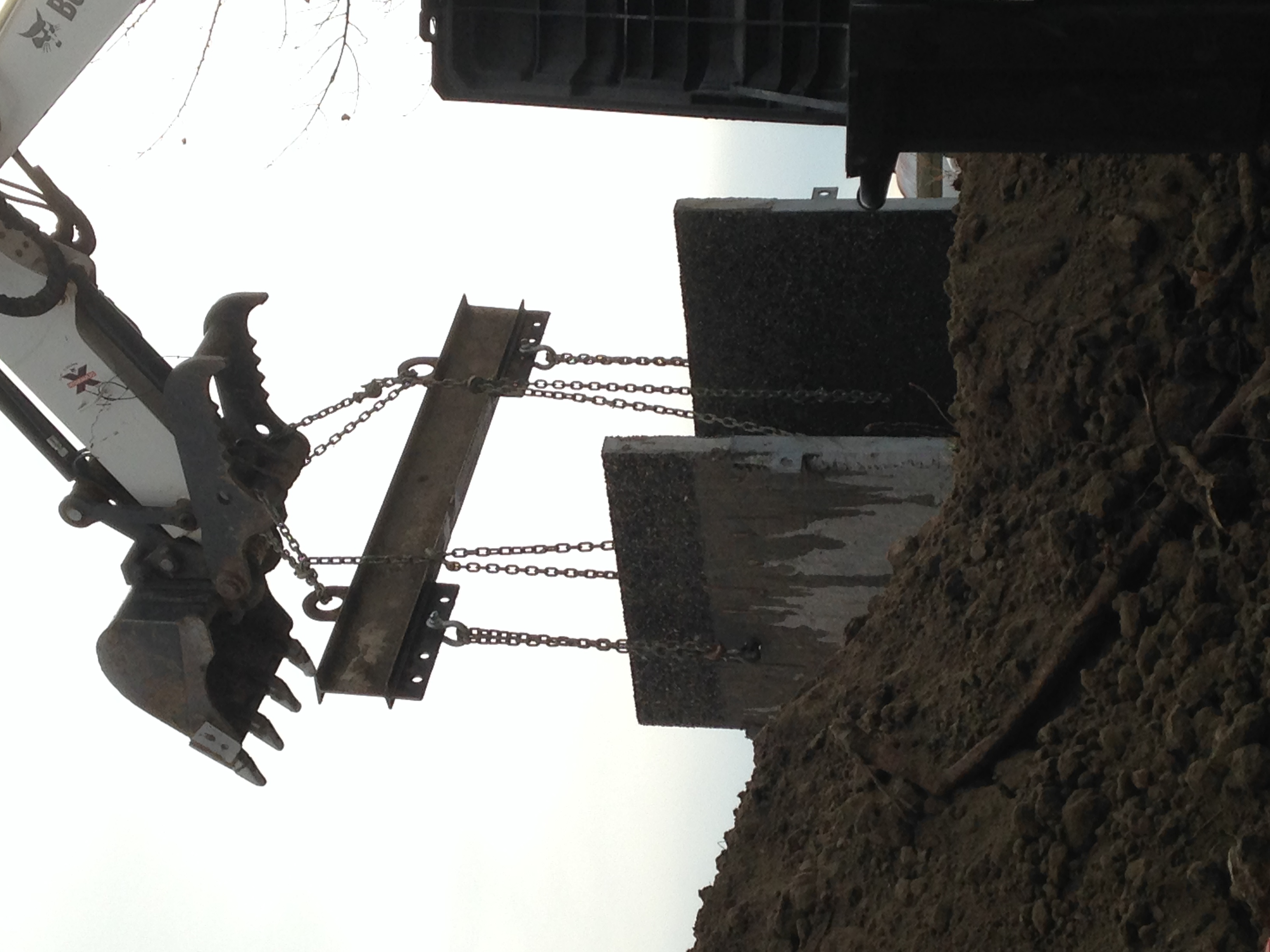 Craning Spreader Bar Concrete Well