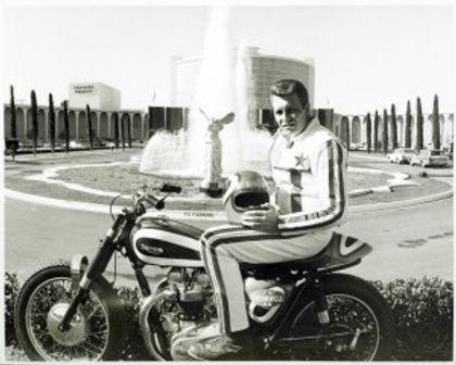 Evel-Knievel-Las_Vegas.jpg
