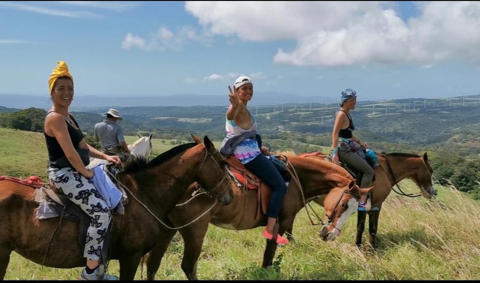 horseback riding con las francesas.jpg