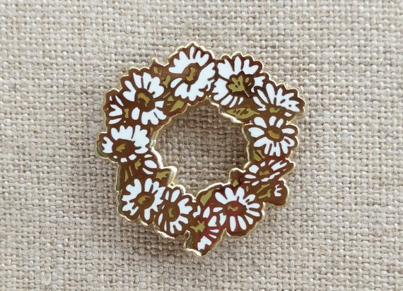 Daisy Chain Pin