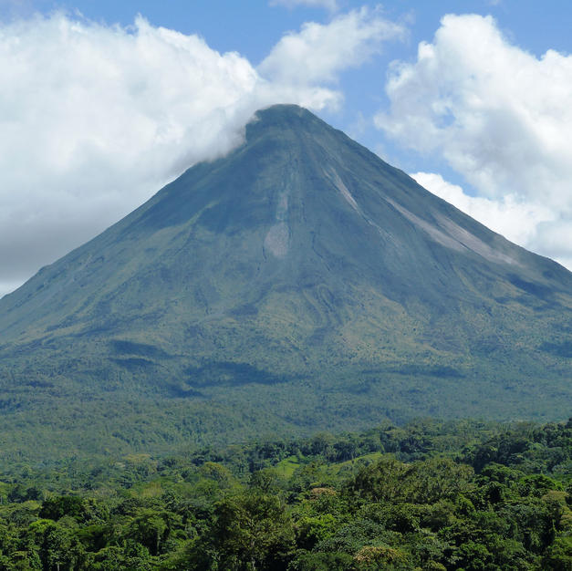 Arenal Volcano area