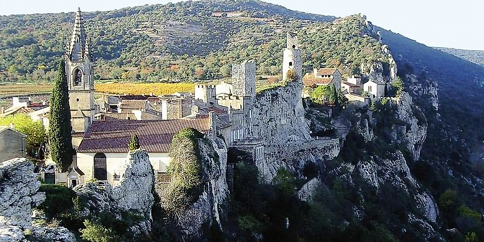 Les rochers de Casteviel depuis Aiguèze