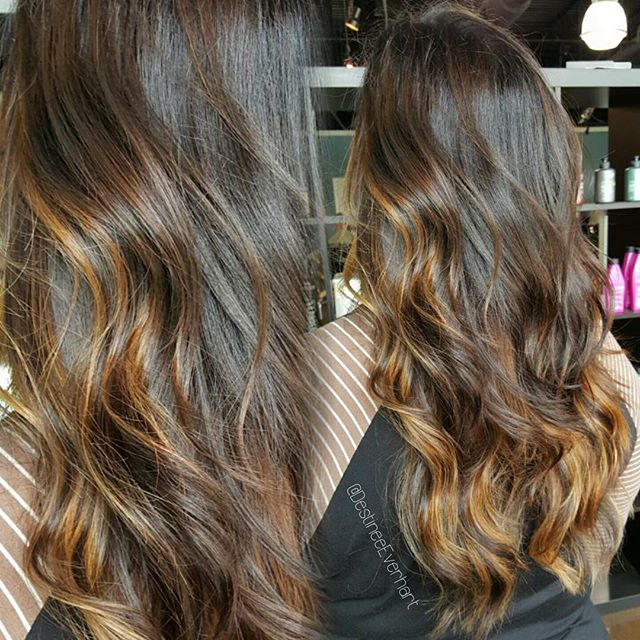 Back to work! Loving this summer contrast + French style cut to make balayage placement flow even sw