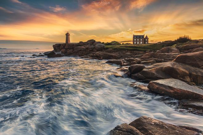 Sunrise at Men Ruz lighthouse