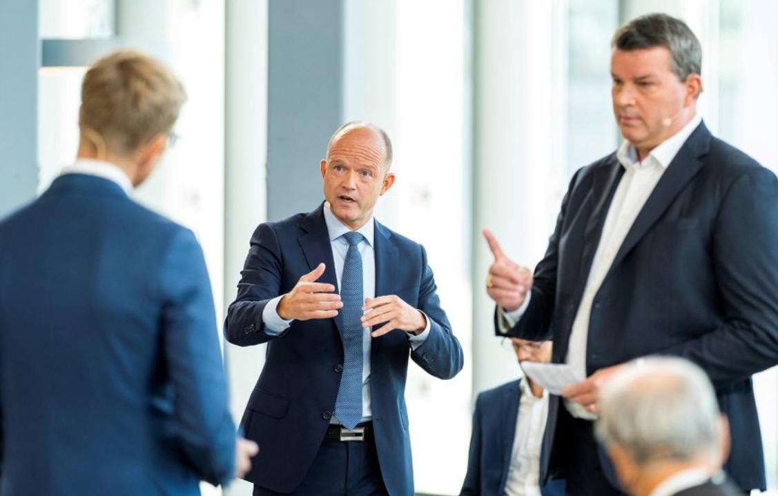 NHO og LO i debatt Svein Tore Bergestuen