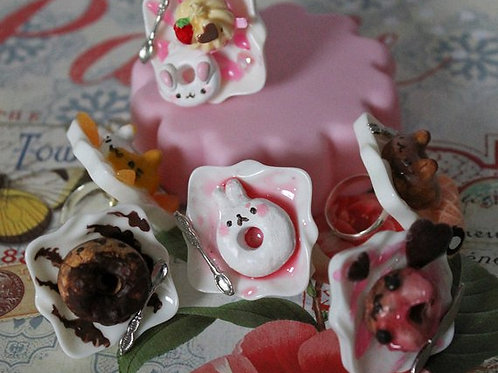 Kawaii Miniature Clay Dessert Donut Rings, Rabbit, Cats, Teddy Bears