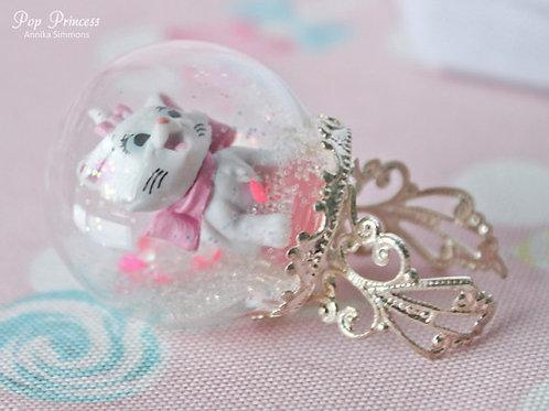 Marie Cat Snow Globe Ring