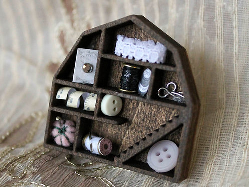 Doll Maker: Miniature Hearts and Houses 2 Way Clips