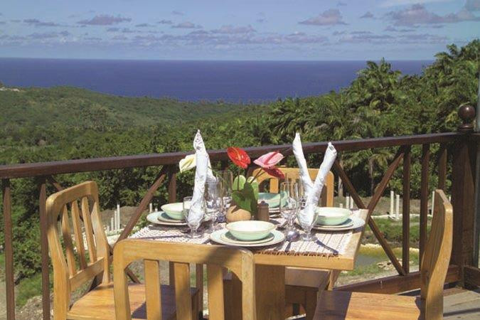 dining table in front deck view.jpg