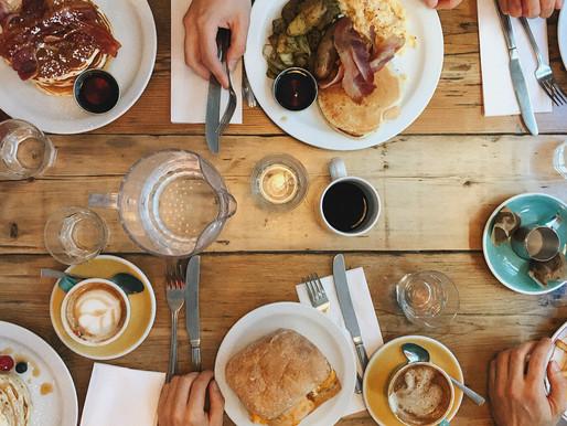 Thanksgiving Breakfast Ideas for Visiting Family