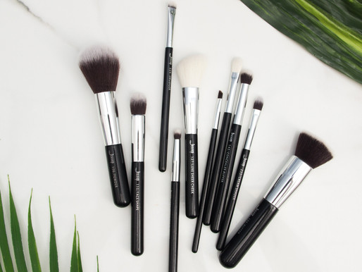 Why and How to Clean Your Makeup Brushes