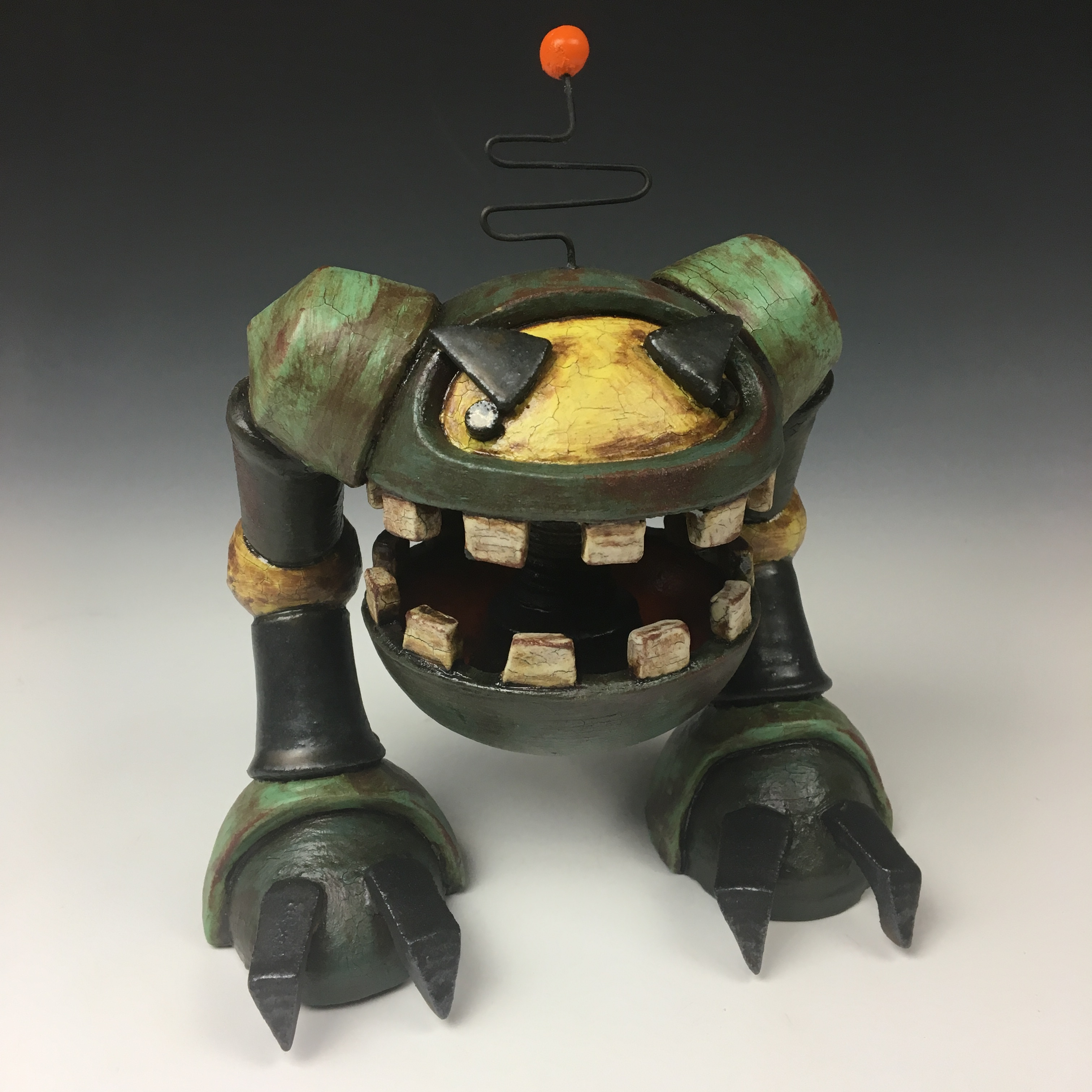 Rogue Robot Chomper, Beta Model