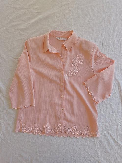 Vintage Scalloped Appliqué Button-Up (L)